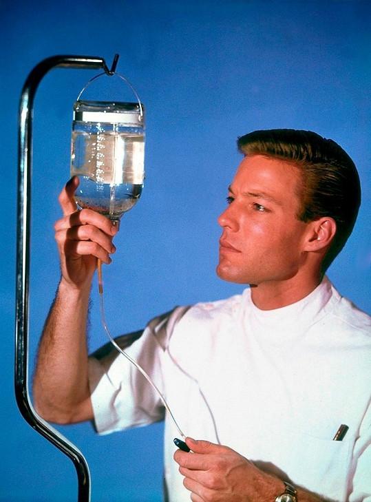 Ve svém prvním slavném seriálu Dr. Kildare (1961)