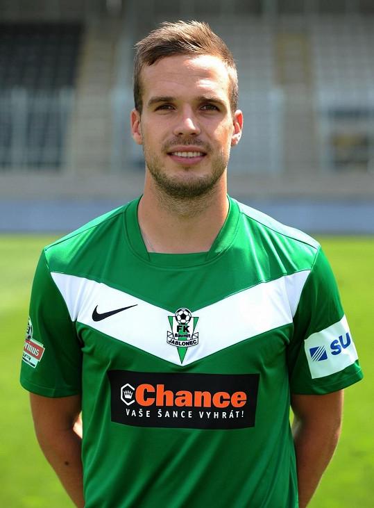 Český levonohý fotbalový záložník působící v prvoligovém klubu FK Baumit Jablonec.
