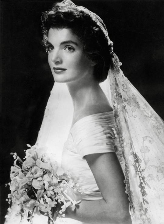 Jacqueline v den svatby s Kennedym