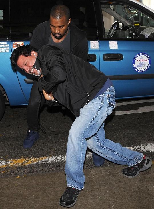 Za tento útok dostal Kanye podmíněný trest.