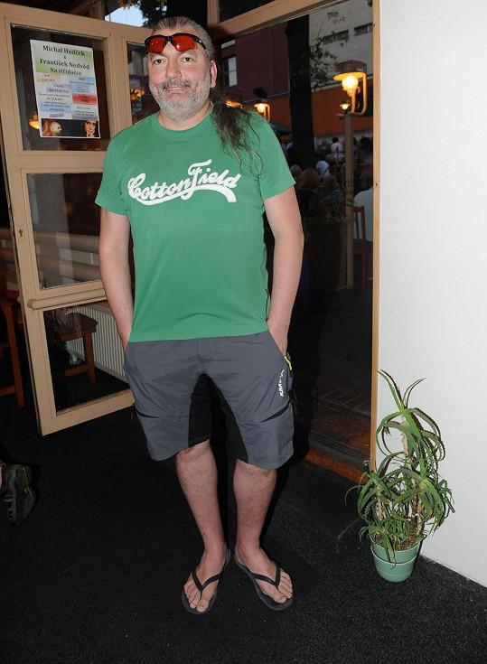Daniel Hůlka na narozeninách kolegy Matuše