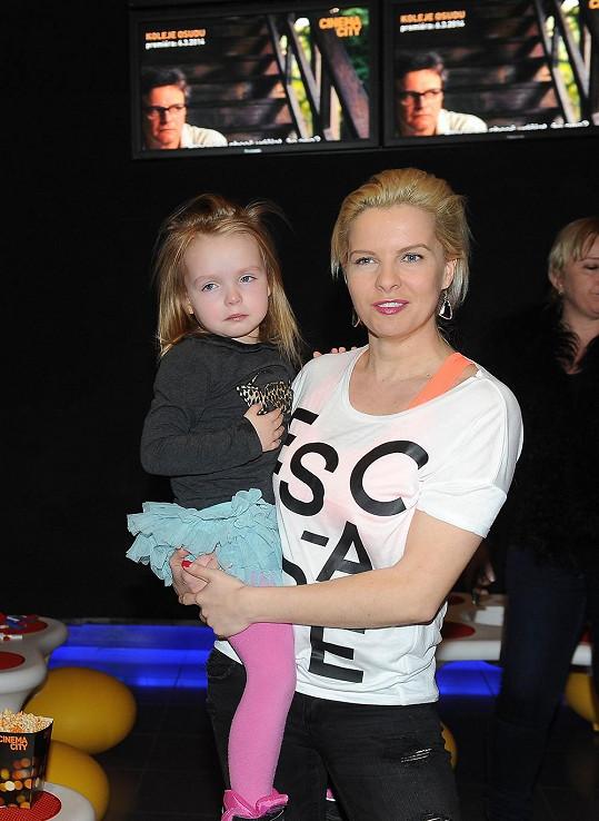 Kateřina Kristelová (na snímku s dcerou Claudií) je podle svých slov stále volná.