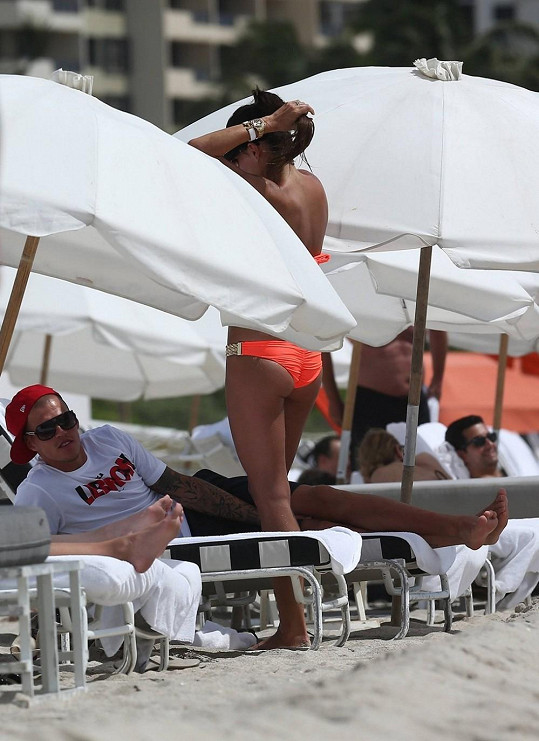 Lovasová s manželem Martinem Škrtelem trávili dovolenou na Miami.