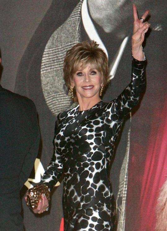 Jane Fonda je velmi elegantní dáma.