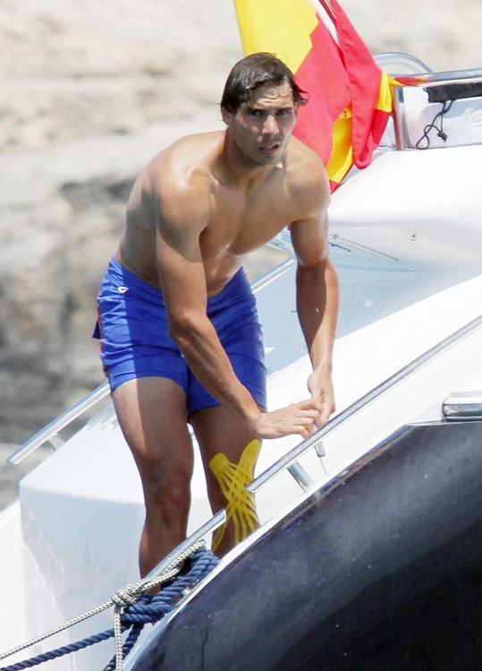 Rafael Nadal vyrazil s přáteli na ostrov Formentera.
