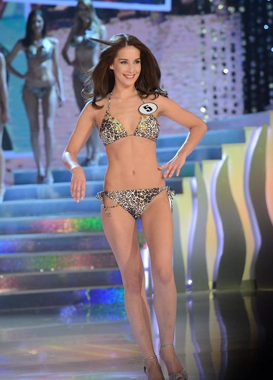 Česká Miss Earth Nikola Buranská v plavkách.