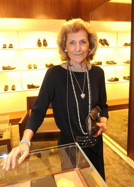 Návrhářka Giovanna Gentile Ferragamo, dcera zakladatele módního domu, přiletěla speciálně kvůli Prague Fashion Night a zahájení prodeje bot Marilyn Monroe do Prahy.