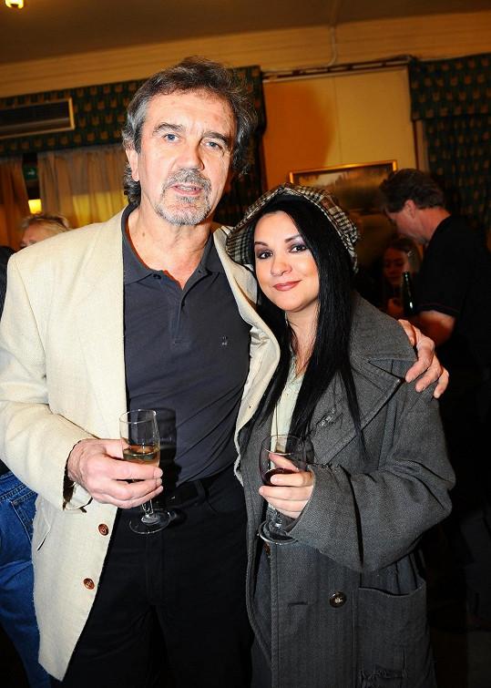 Magda Malá a Josef Štágr (na fotce) a režisér Petr Novotný jsou jediní, kteří vystupovali ve všech českých verzích muzikálu Bídníci.