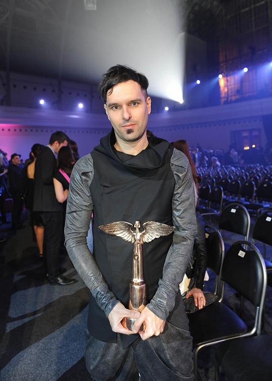 Boris Carloff je český producent, skladatel a zvukový technik, jehož styl je těžké charakterizovat. Je schopný se pohybovat mezi jazzem, rockem a elektronikou.