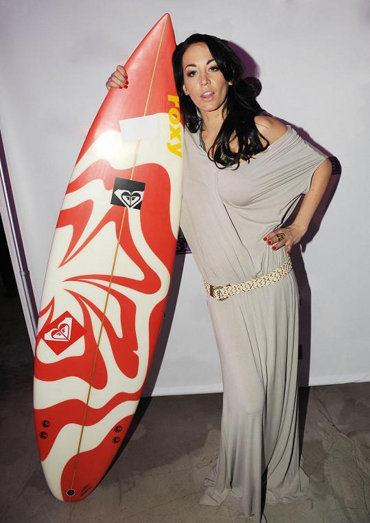 S Agátou jsme si povídali na prezentaci nové australské vlasové kosmetiky. Probrali jsem tedy i surfaře.