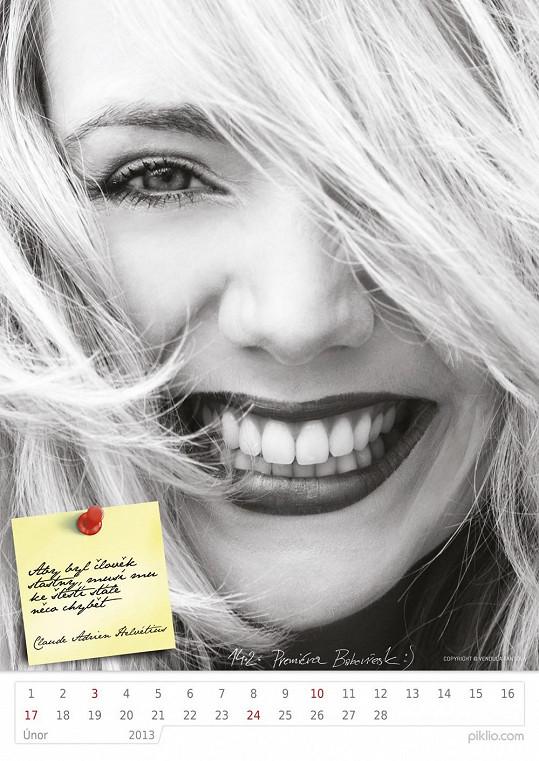 Lucie Vondráčková má v kalendáři opravdu krásné fotky.