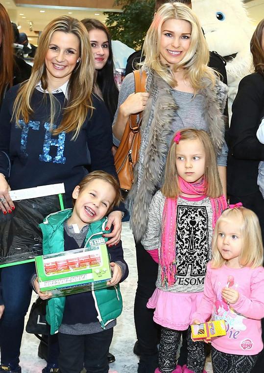 S Monikou Marešovou a dětmi