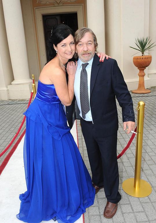 Simona s Romanem Skamene při natáčení Bony a klid 2