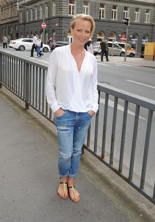 Martina Pártlová si ozdravila vlasy tím, že se nechala ostříhat na krátko.