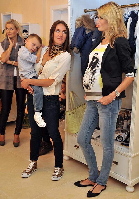 Iveta Vítová má stále skvělou postavu. Obdivovala ji její kolegyně Lucie Králová.