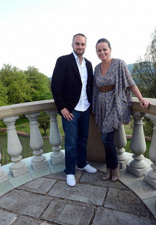 Adriena Sobotová se synem Láďou