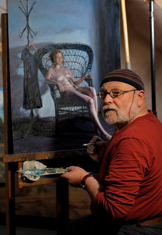 Malíře ve filmu ztvárňuje Arnošt Goldflam.