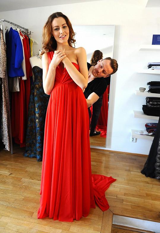 Byli jsme na první zkoušce šatů Terezy Chlebovské na finále České Miss.