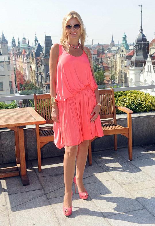 Tamara Kotvalová v nádherných šatech od Lanvin.