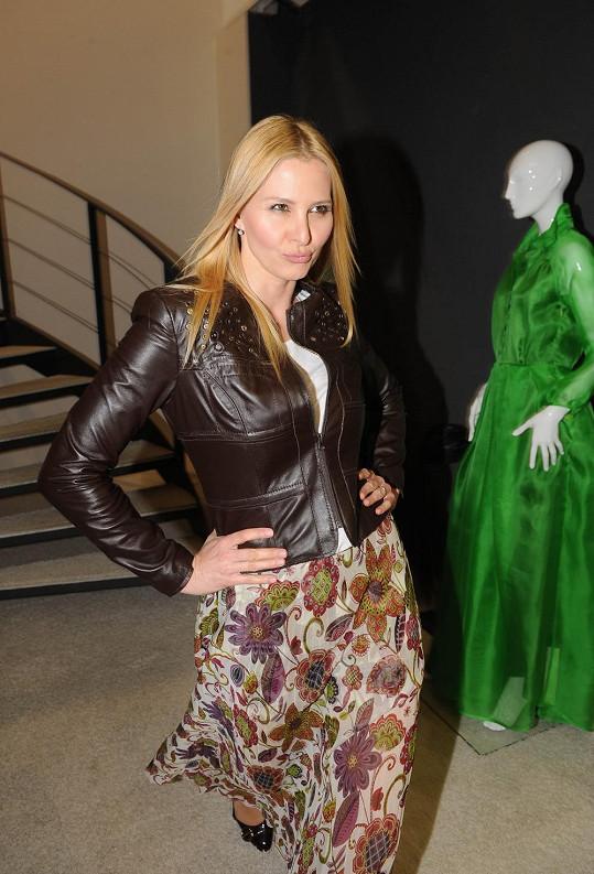 Ivana má chůzi modelek skvěle zvládnutou.