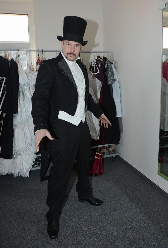 Bohuš v kostýmu milovníka Raoula ve Fantomovi opery