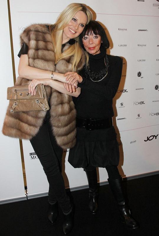 Františka s přítelkyní Simonou Krainovou