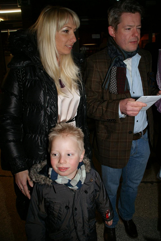 Aleš Háma s manželkou Gábinou a synem Mikulášem.