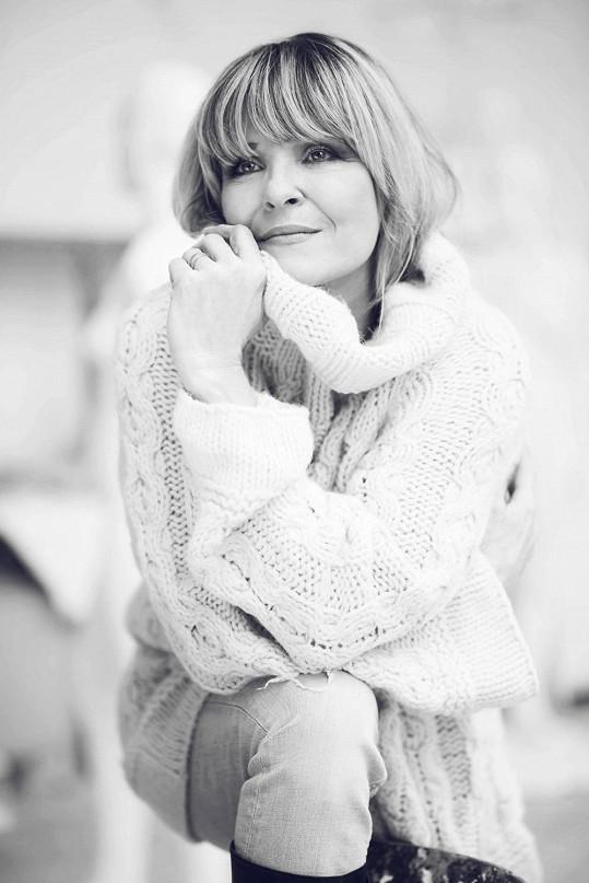 Chantal si oblíbila černobílé fotky.