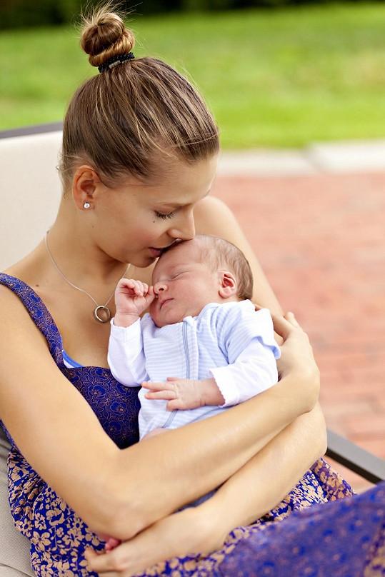 Topmodelka Hana Soukupová se stala pyšnou maminkou syna Finna.