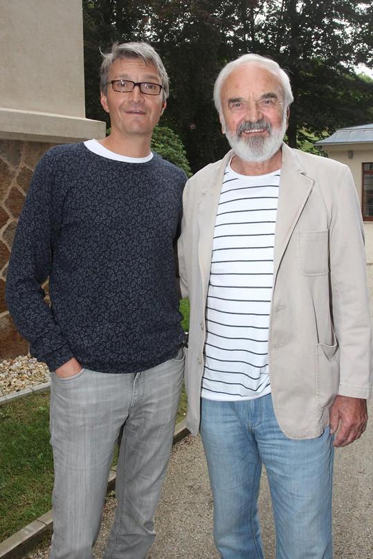 Jejími autory jsou Jan a Zdeněk Svěrákovi.