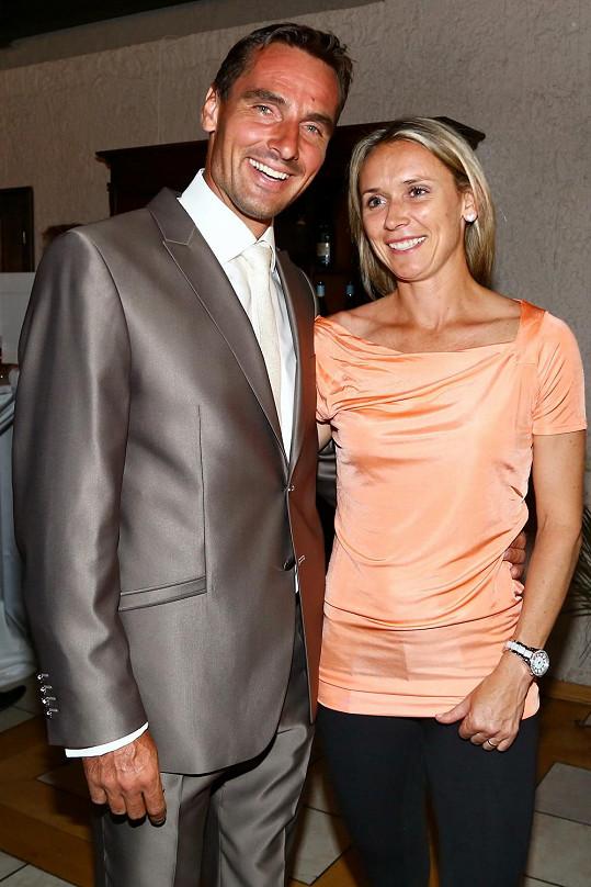 Roman s manželkou