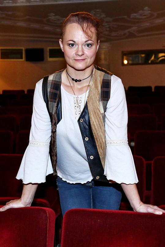 Lucie Matoušková je také herečkou.