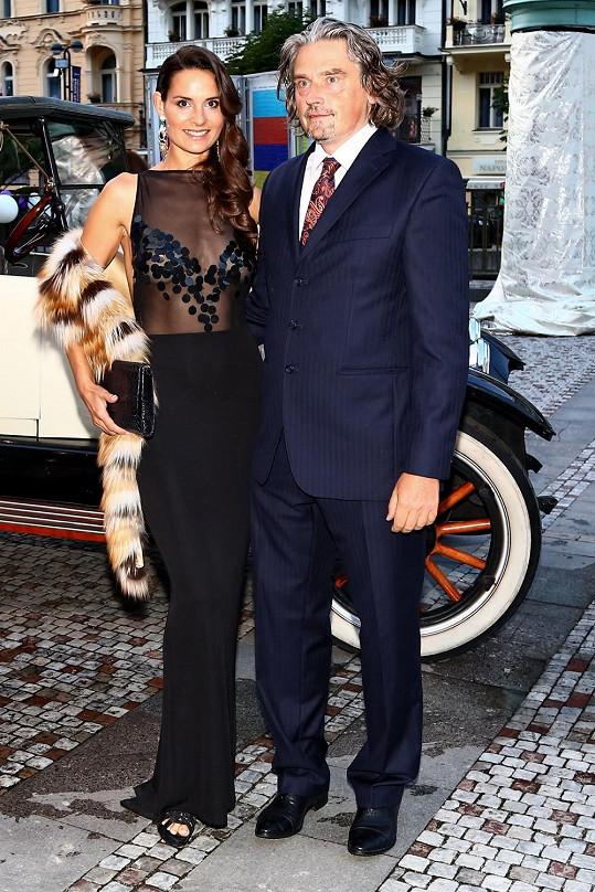 Terezie Dobrovolná na párty dorazila s přítelem, miliardářem Davidem Beranem.