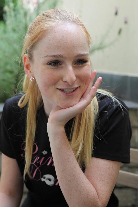 Tereza si s námi povídala v pauze během zkoušky, kdy se poprvé sešli tanečníci a company muzikálu.