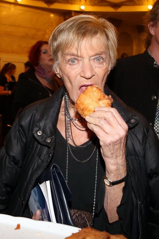 Ljuba Skořepová také nebyla zvědavá na vegetariánský raut.