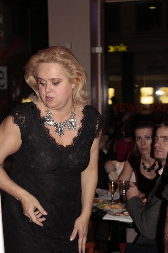 Monika Štiková je opět na scéně.