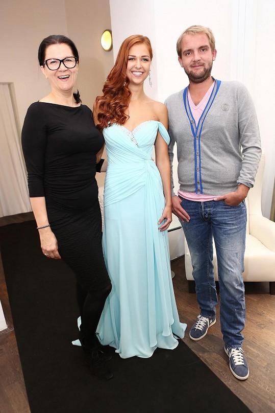Lucie s návrhářkou Taťánou Kovaříkovou a Liborem Boučkem