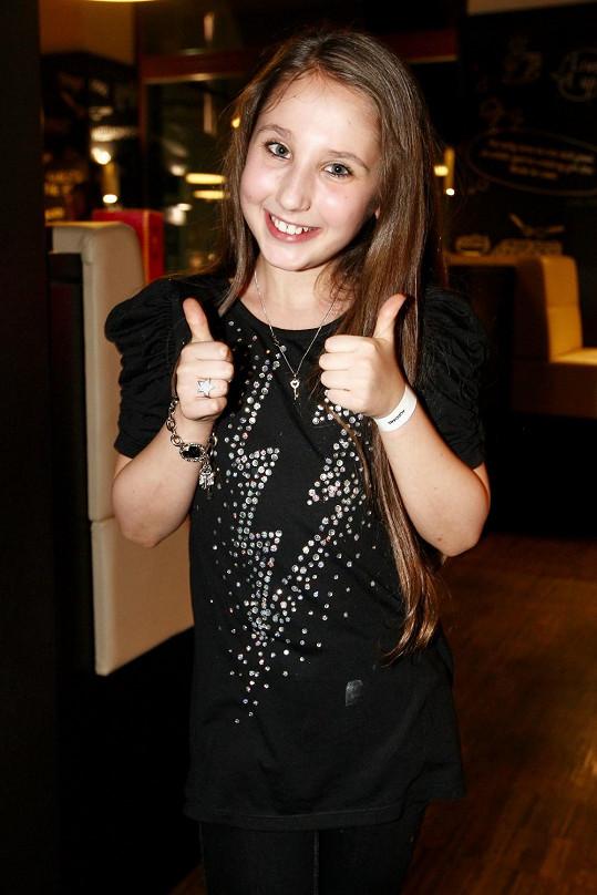 Natálka Grossová zpívá v několika muzikálech.