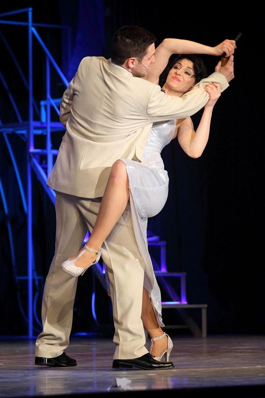 V představení bylo i dost tanečních čísel.