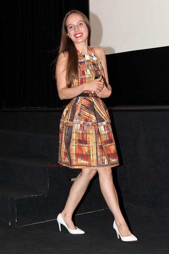 Tereza Voříšková na premiéře filmu Všiváci
