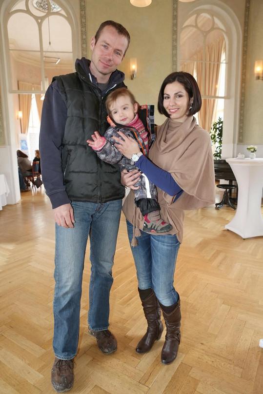 Malá Ellenka je velmi podobná svému tátovi.