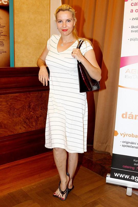 Kateřina Kristelová nebyla na tiskovce k soutěži o nejkrásnější zdravotní sestřičku ve formě.