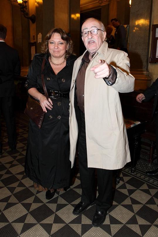 Dorazil i režisér Juraj Herz s partnerkou.