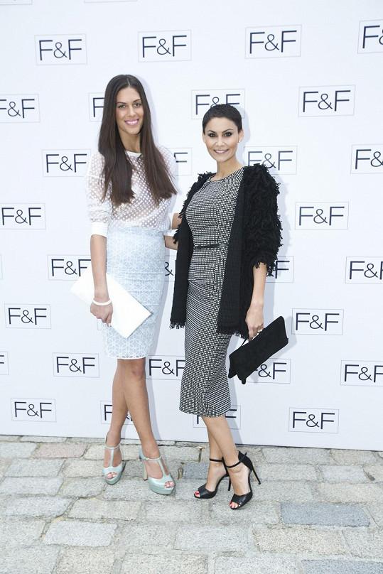 Modelky Aneta Vignerová a Vlaďka Erbová na přehlídce tentokrát jako hosté