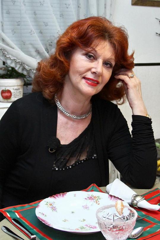 V roce 2013 vařila ve VIP Prostřenu.