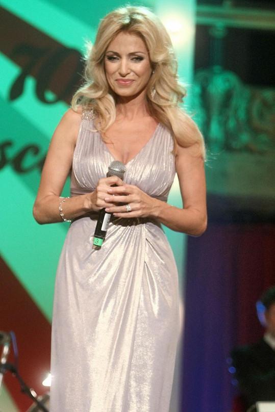 Kateřina Brožová patří mezi naše nejkrásnější herečky.