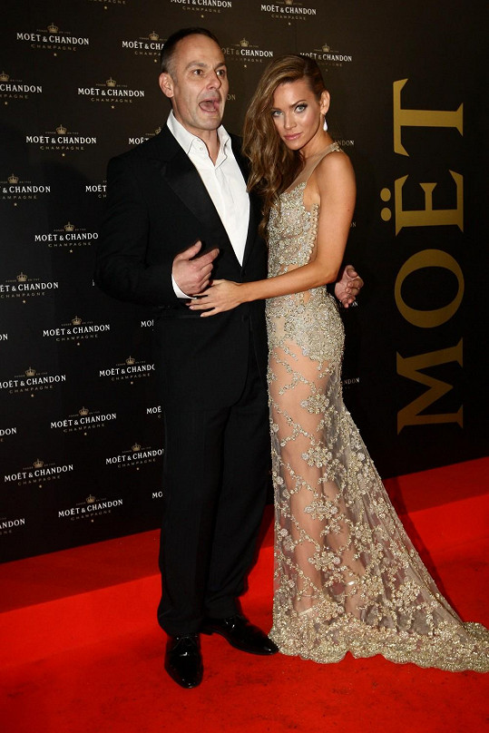 Andrea s manželem.
