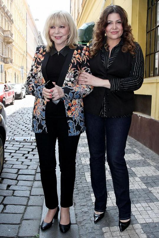 Hana a Ilona Csáková na společné akci.