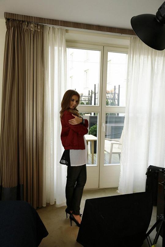 Monika fotila v hotelu, kde byla ubytovaná například popová královna Madonna.