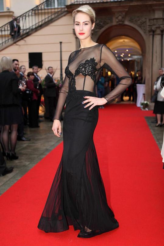 Simona Dvořáková měla nejodvážnější šaty.